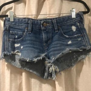 Urban Outfitters- Jean shorts 25W Dolphin Low Rise